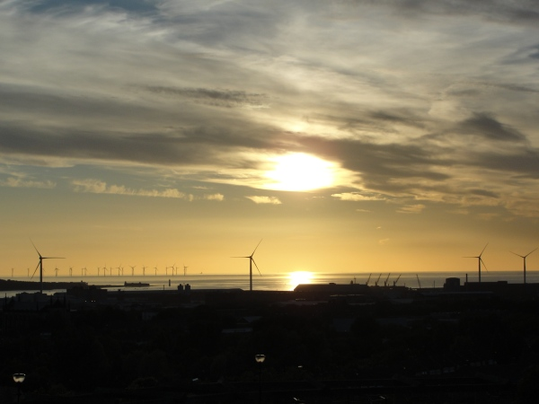 10.06.21 Liverpool the longest day (evening) Mersey Estuary wind turbines